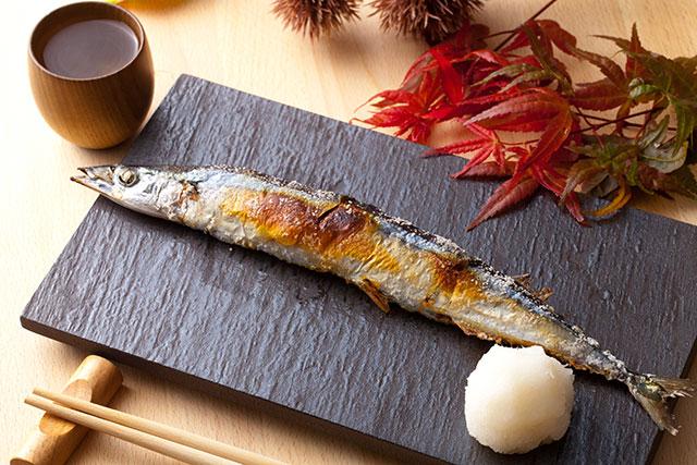 さんまはたくさんの栄養成分を含んだ魚です。豊富なDHAとEPA、成長期に必要なカルシウム・ビタミンなどの栄養成分とその効果をご紹介致します。