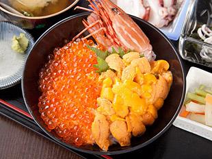 山内鮮魚店 お食事処 静江館(せいこうかん)