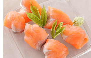 <レシピ>生風スモークサーモンの押し寿司